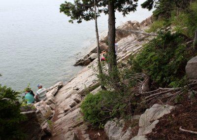 fin du sentier aux rocgers à la marée haute