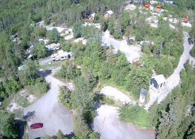 vue sur maisonnette et refuge et B9 en bas